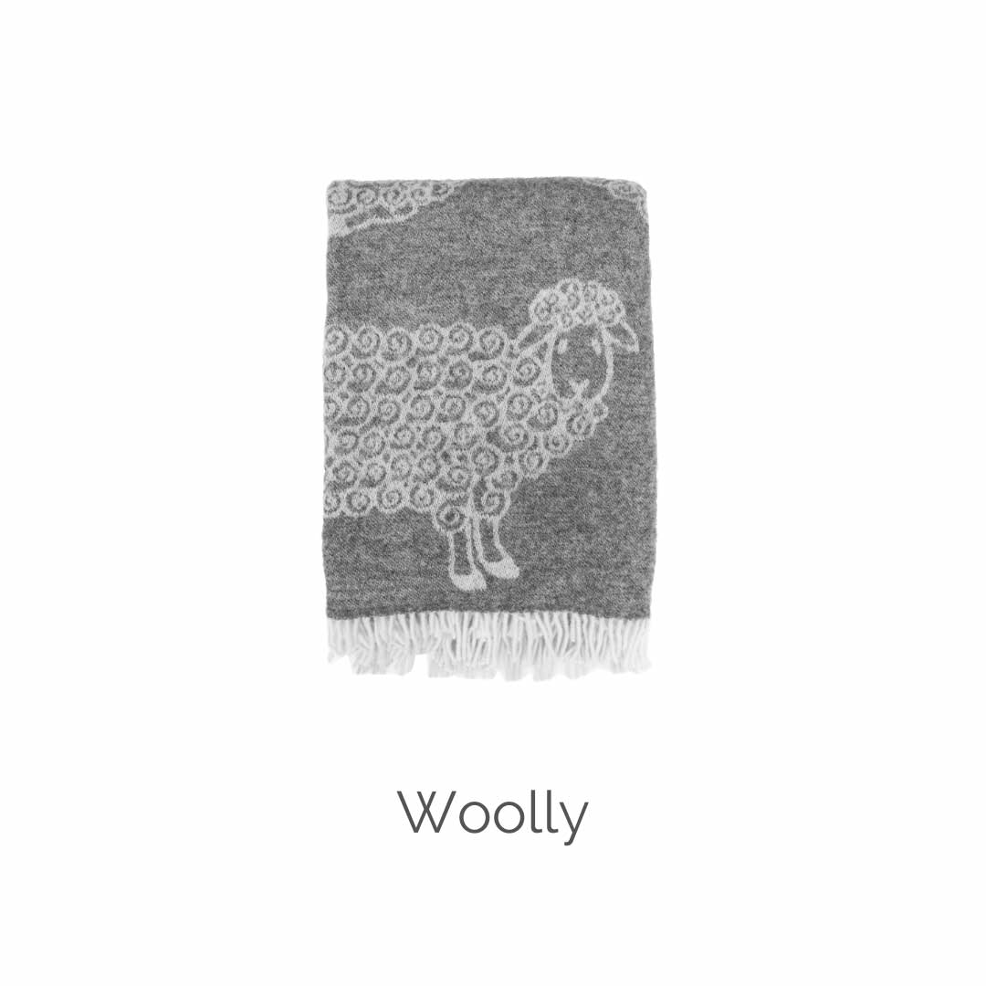 Woolly lamb throw Mulberi